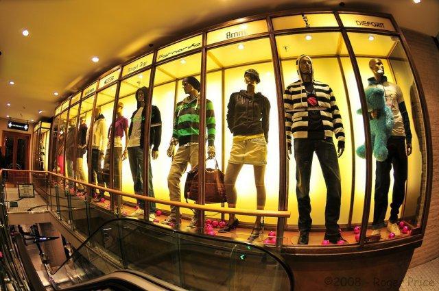 Топ 10 направлений для выгодного шопинга за границей