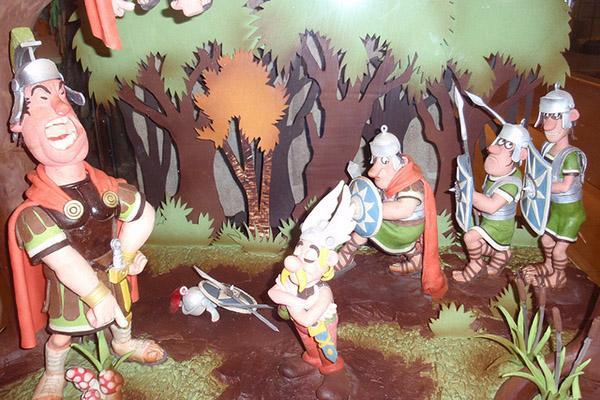 В музее шоколада выставлены сладкие композиции с известными героями.