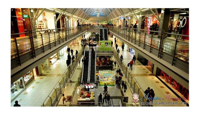 Какие ночные торговые центры в Москве работают круглосуточно?
