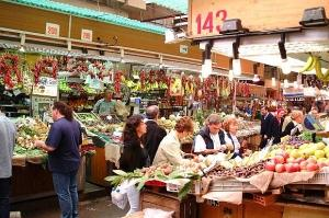 Продуктовый рынок в Генуе