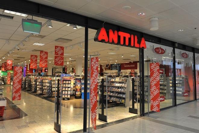 Распродажа в универмаге Anttila