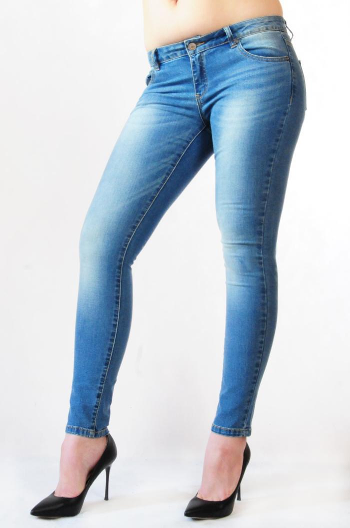 Купить джинсы в Геленджике