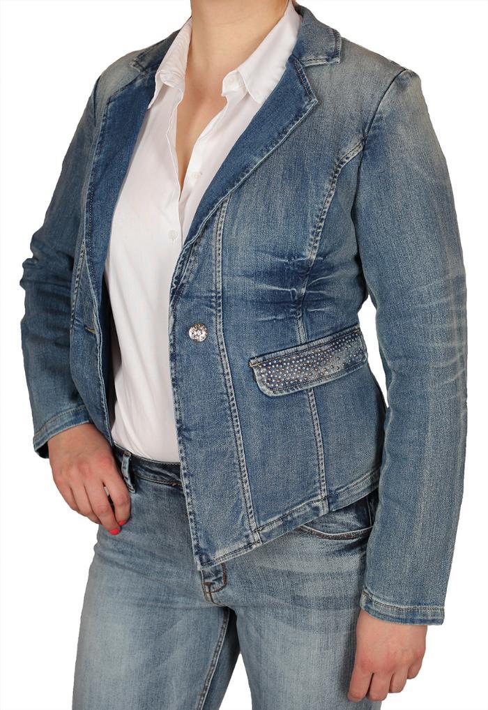 Купить в Геленджике одежду для женщин