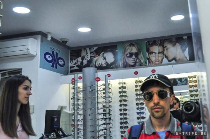 Пытаюсь подобрать солнцезащитные очки, выбор моделей есть, моего размера нет