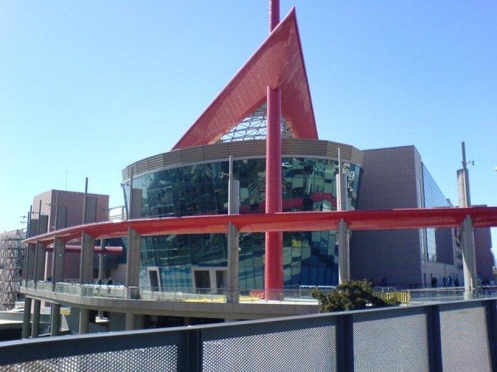 Шоппинг-центр — The mall Athens