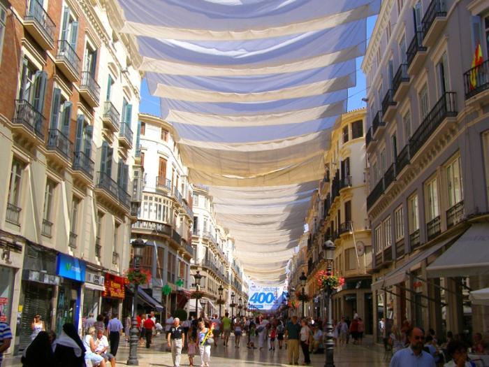 Улица Marqués de Larios, Малага, Андалусия
