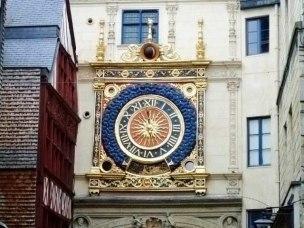 Руан - rue du Gros Horloge