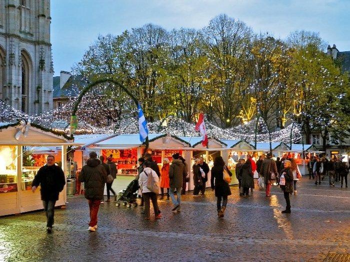 Руан - рынок на площади Сен-Марк