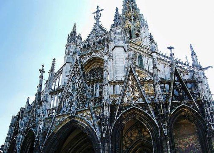 Готическая церковь Сен-Маклу (Saint-Maclou)