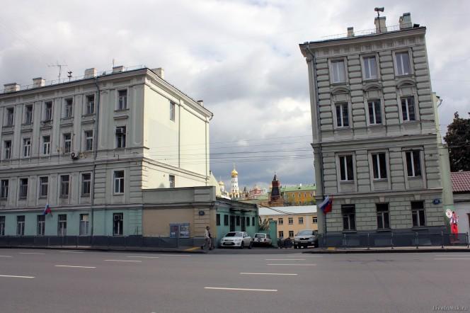 """""""Разорванный"""" дом"""
