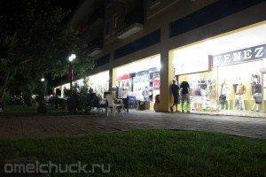 Ночные магазины Кириша на главной улице