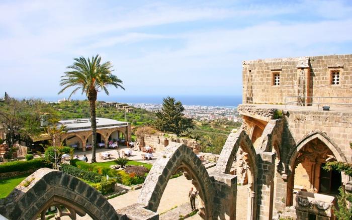 Достопримечательности Северного Кипра.jpg