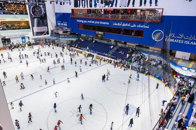 Ледовый каток для детей и взрослых в Дубай Молл