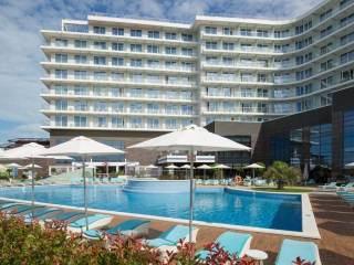 20 лучших отелей в Сочи на берегу моря с бассейном