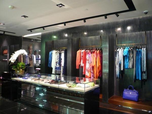 Blanes shop2