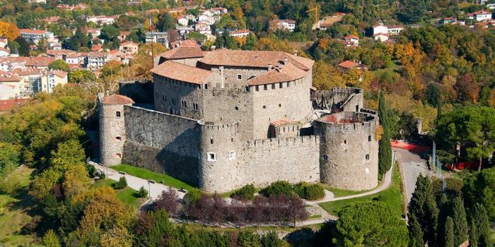 Старинная крепость Гориции