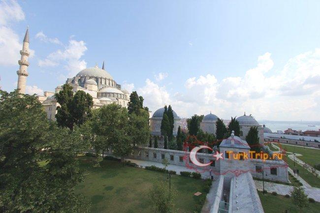 Мечеть Сулеймание, вид из парка Университет