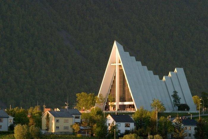 Арктический собор в Тромсе