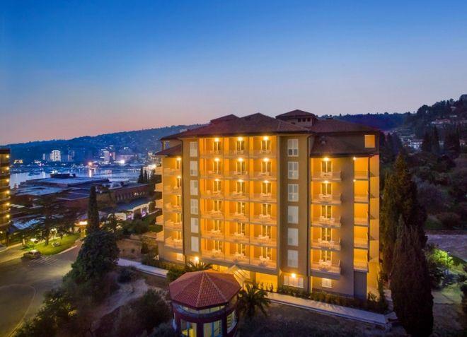 Отель Remisens Premium Roža
