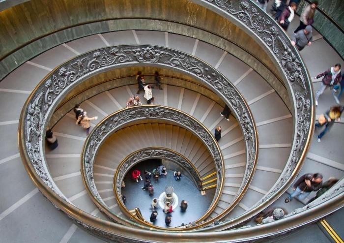 Двойная винтовая лестница в Ватикане .jpg