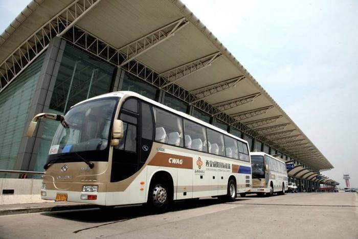 Shuttle bus, аэропорт Сяньян.jpeg