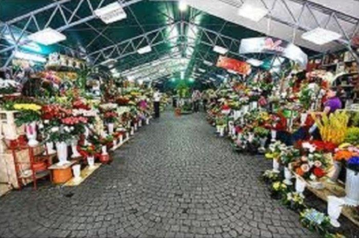 "Бухарест - рынок ""Амзей"""