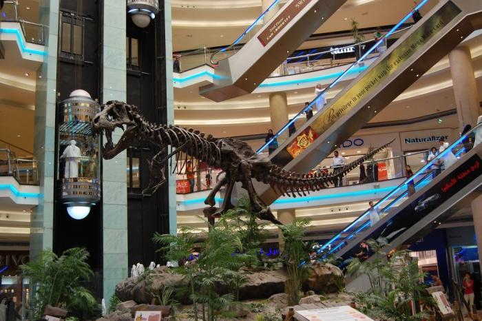 Sharjah Mega Mall.jpg