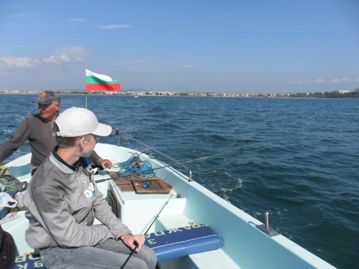 Большой популярностью пользуется рыбалка в Несебре - рыба в основном попадается мелкая, но ее много