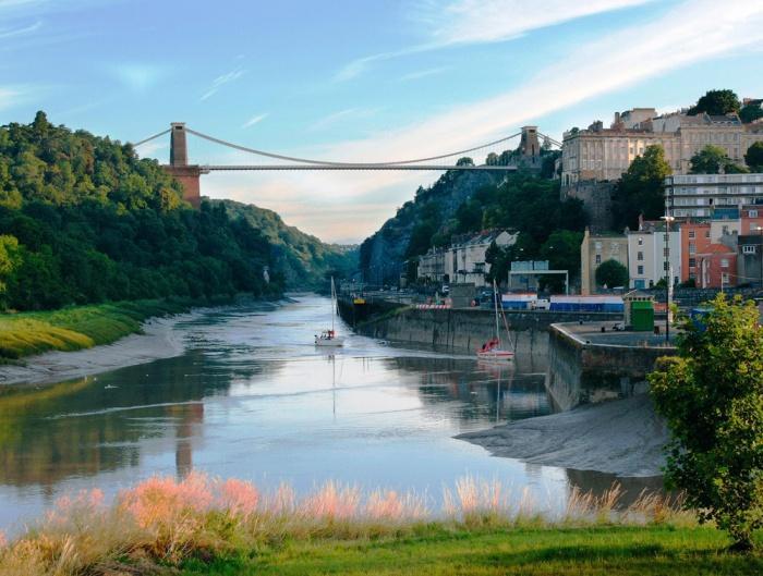 Клифтонский подвесной мост в Бристоле, Великобритания.jpg