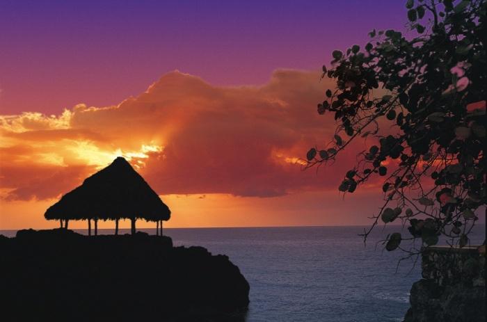 Закат у берегов Ямайки.jpg