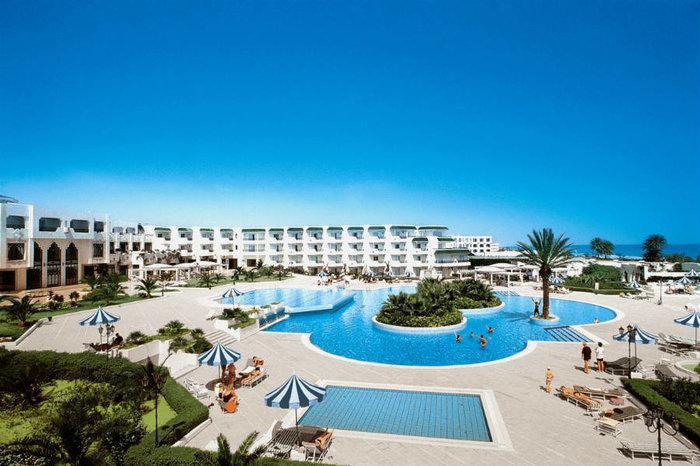 Семейный отель Riu El Mansour 4*