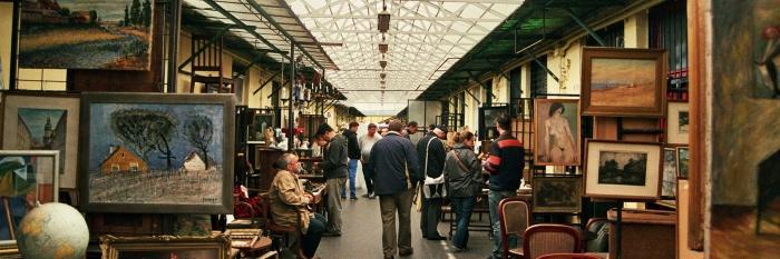 Блошиный рынок Эскери Пиак.jpg