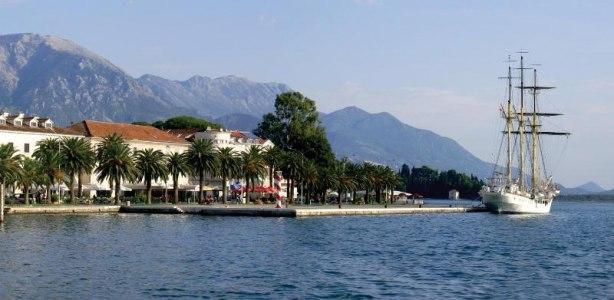 Tivat — «жемчужина» полуострова Врмац