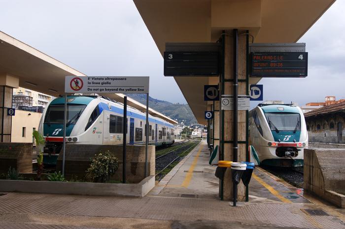 transport-v-trapani-treno