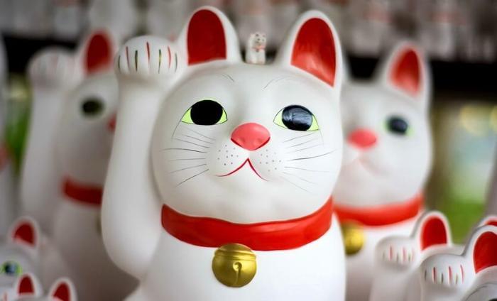кот сувенир из японии