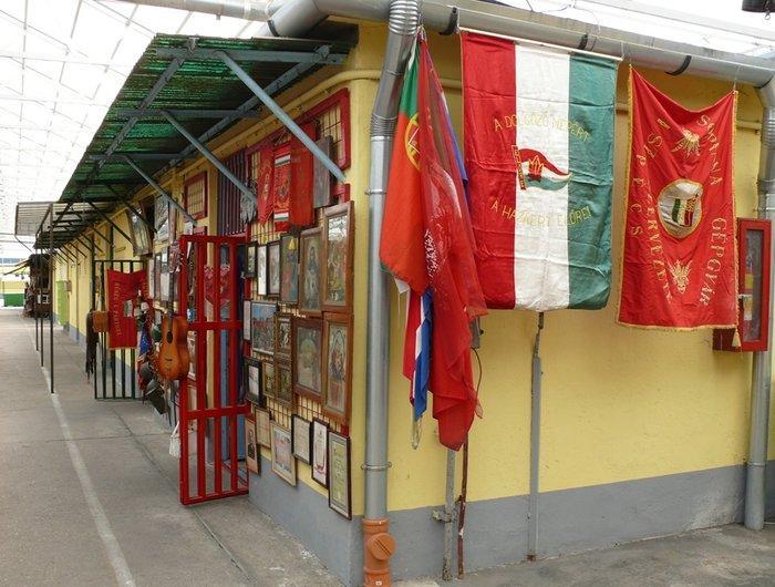 Блошиный рынок в Будапеште «Ecseri piac»