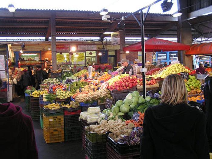 Продуктовый рынок «Lehel Teri piac» в Будапеште