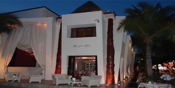 Ресторан Mosqito Blue на 5 Авеню ПЛАЙЯ ДЕЛЬ КАРМЕН МЕКСИКА (5 AVENIDA PLAYA DEL CARMEN)