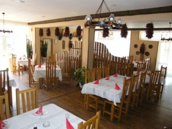 Ресторан в стиле ретро «Casa Ungureasca»