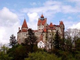 Замок Бран - легендарный замок Дракулы