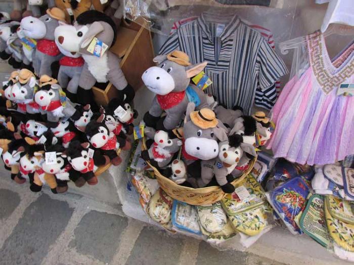 Сувенирные ослики в Линдосе