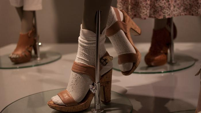Туфли на манекене