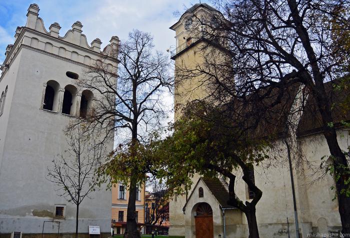 Основные достопримечательности Попрада Костелы расположены по центру пешеходной зоны