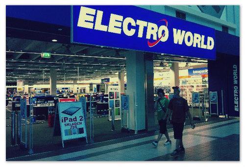 Electro World — магазин электроники в Праге.