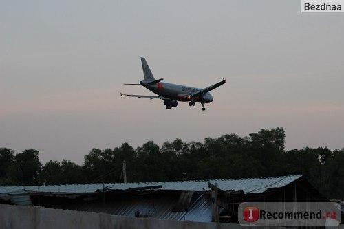 Самолет над лонг бич
