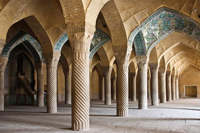 Мечеть в Ширазе.jpg