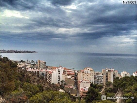Вид на Средиземное море с замка Санта Барбара (г. Аликанте)