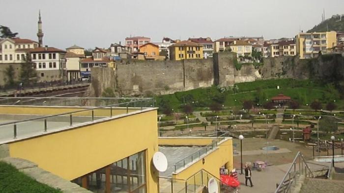 Вид на Трабзонскую крепость
