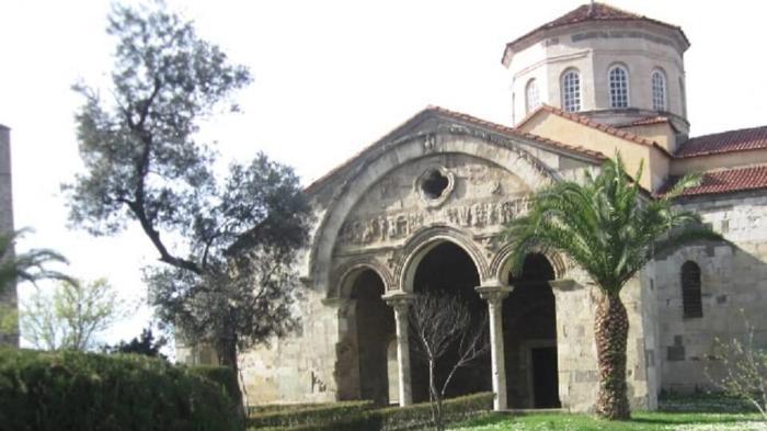 Храм Святой Софии вблизи
