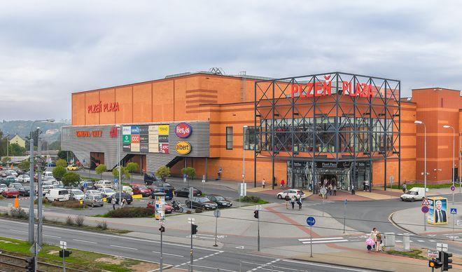 Торговый центр Plzen Plaza